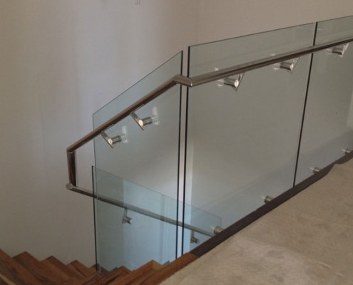 Stainless steel rails for a staircase in a Perth home